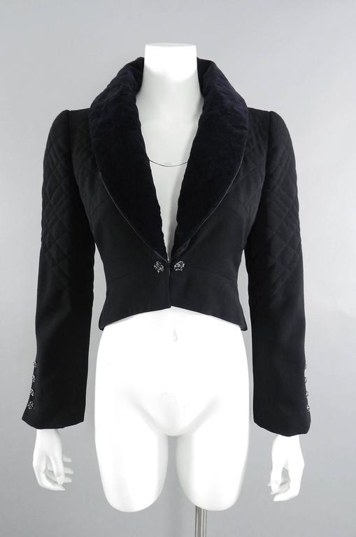Chanel 06A black Crop Quilted Jacket with Velvet Collar 7