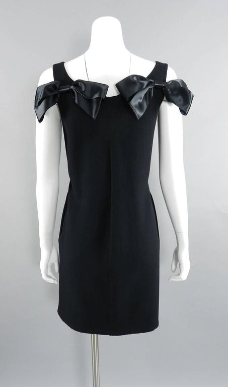 Oscar de la Renta Black Wool Cocktail Dress with Silk Satin Bows 3