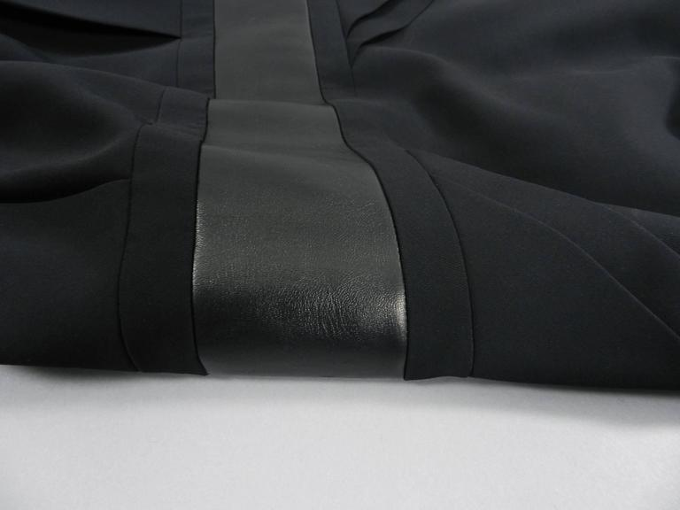 Gucci Fall 2013 runway Black Hourglass Dress with Leather Waist For Sale 3