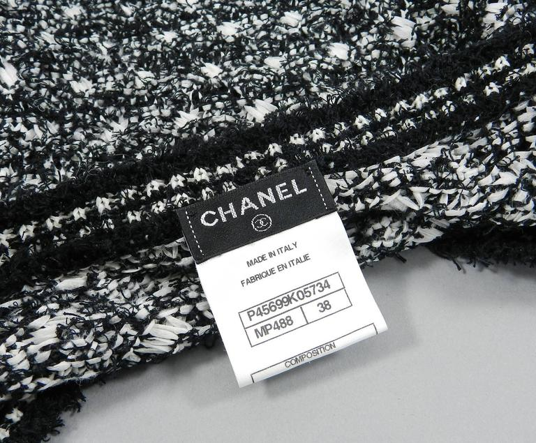 Chanel black and white v neck sweater 4