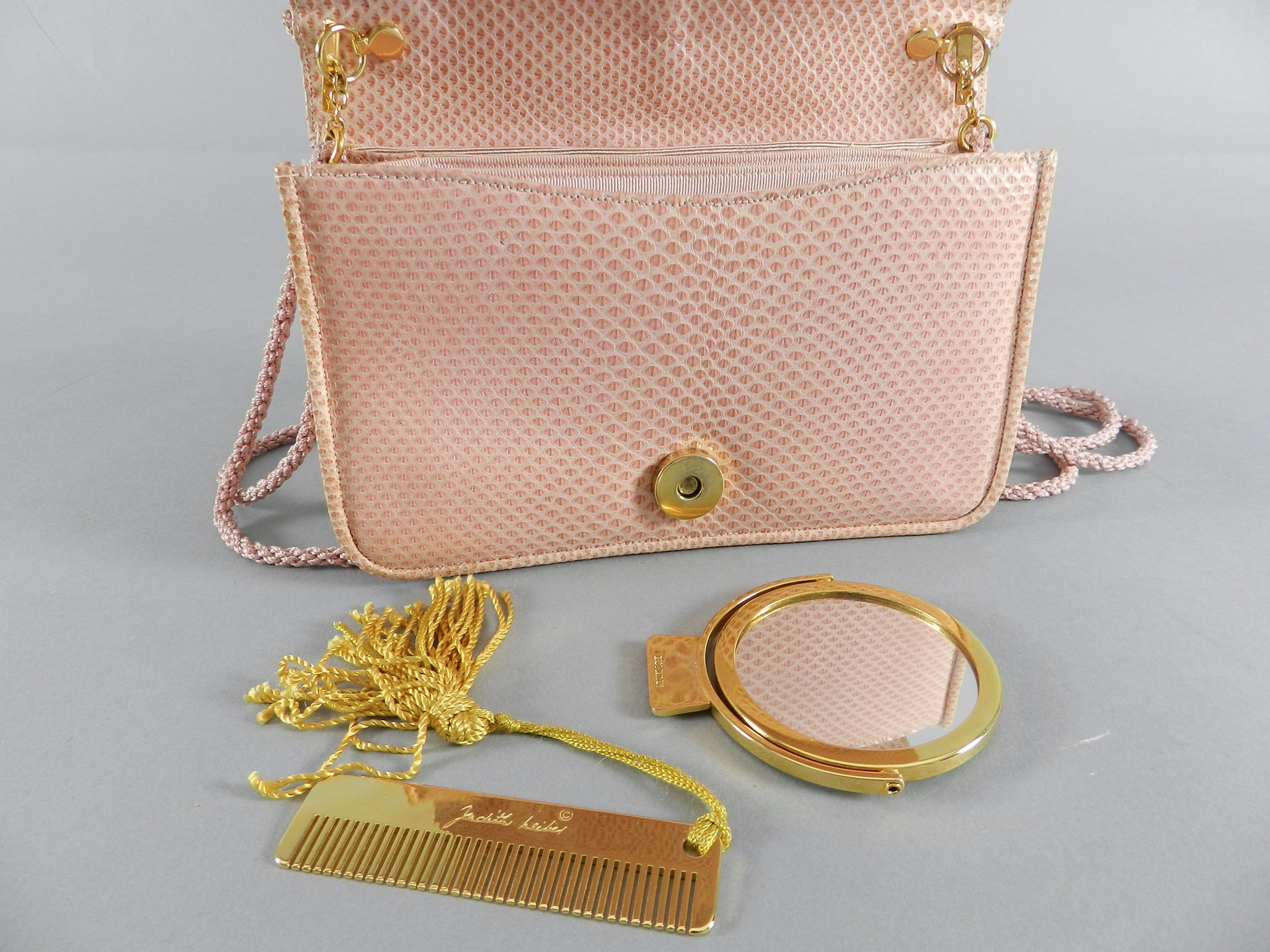 Judith Leiber Pink Lizard Bag With Tassels abK8X0N