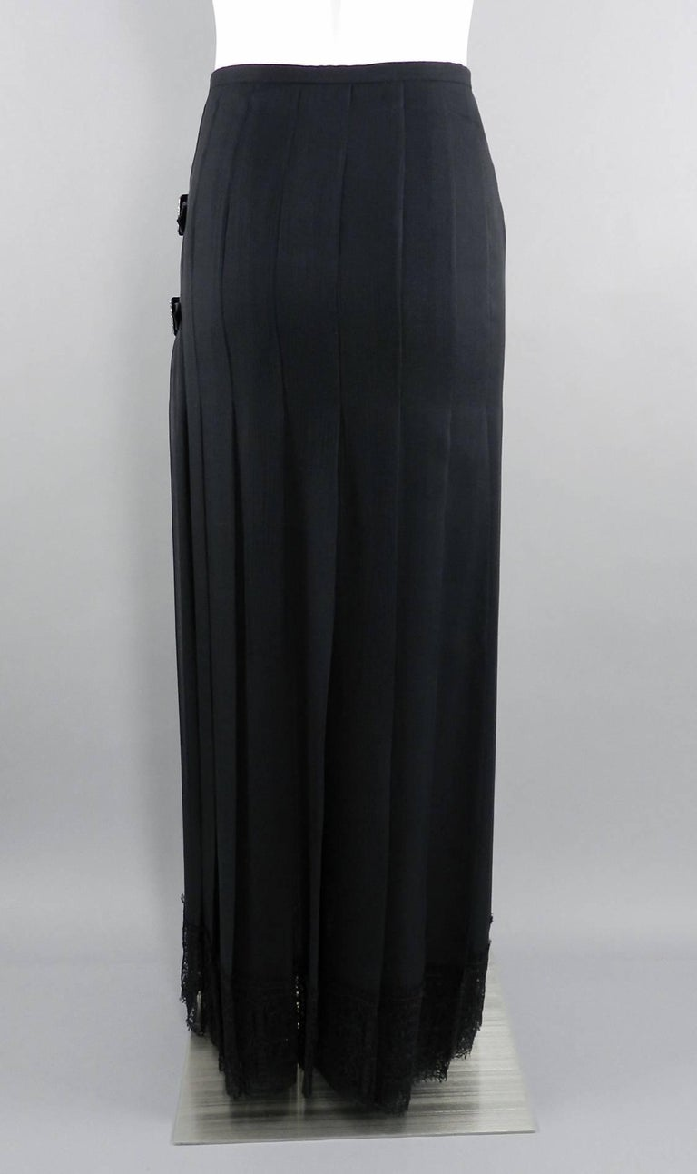 Chanel Edinburgh 13A 2013 Runway Long Black silk Skirt with Lace Hem For Sale 4
