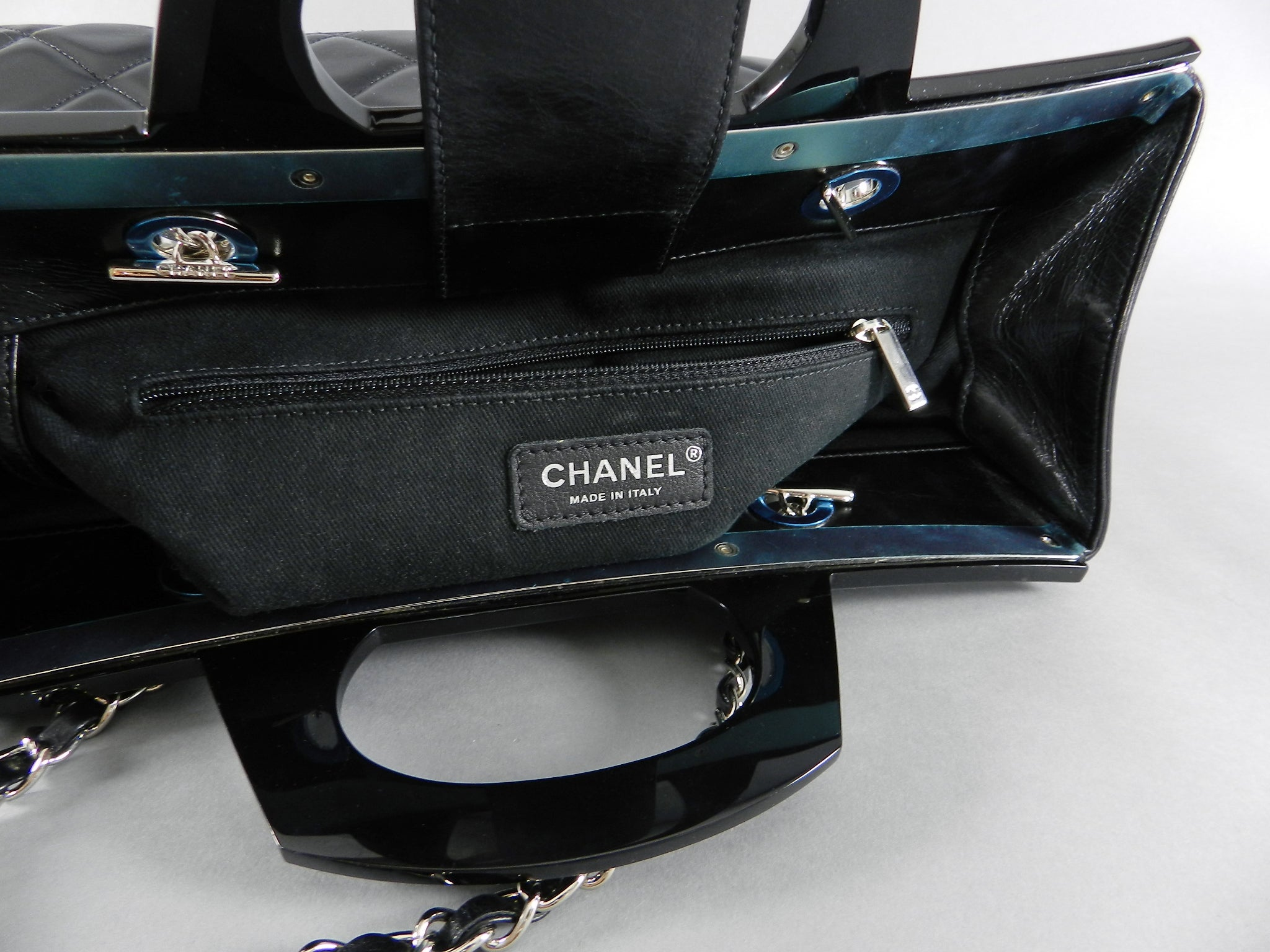 b5847bb42cf6bc Chanel 15B Small Glazed Black CC delivery tote at 1stdibs