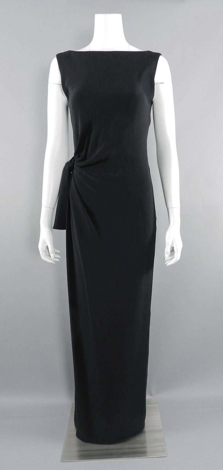 yves saint laurent aw 1998 haute couture black low back evening gown for sale at 1stdibs. Black Bedroom Furniture Sets. Home Design Ideas