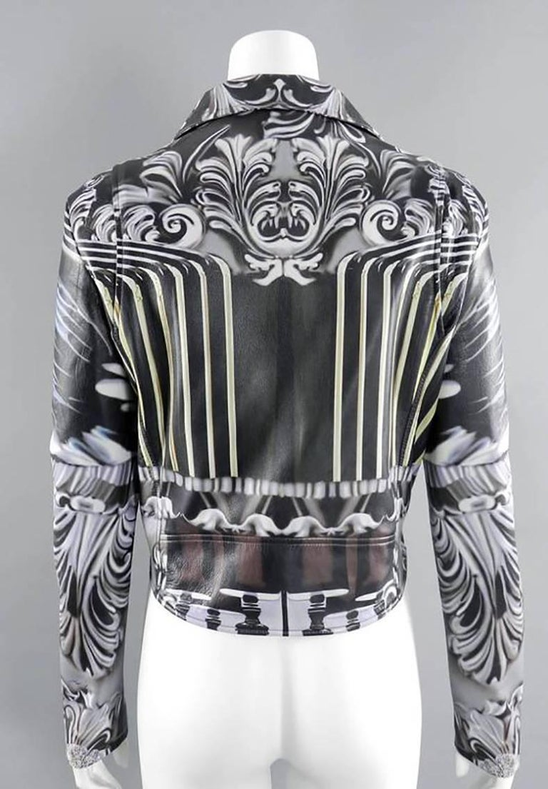 Mary Katrantzou Gray Photoprint Leather Motorcycle Jacket In Excellent Condition For Sale In Toronto, ON