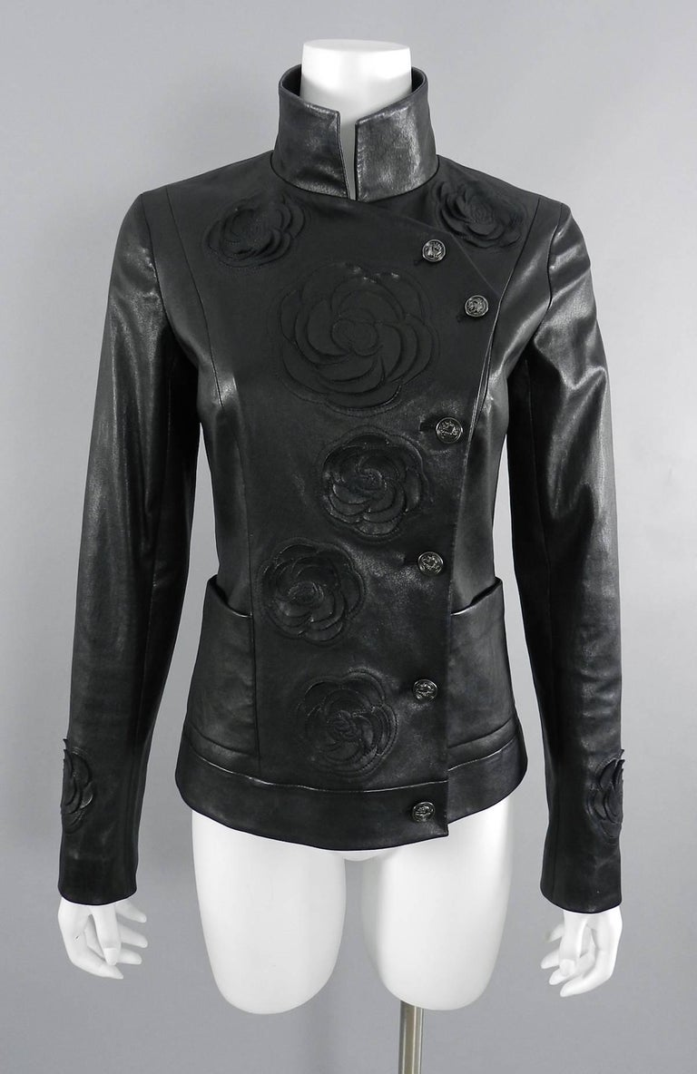 Chanel pre-fall 2010 Shanghai Paris Runway Black Camelia Leather Jacket In Excellent Condition For Sale In Toronto, ON