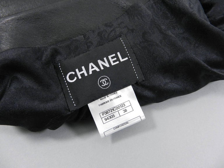 Chanel pre-fall 2010 Shanghai Paris Runway Black Camelia Leather Jacket For Sale 3