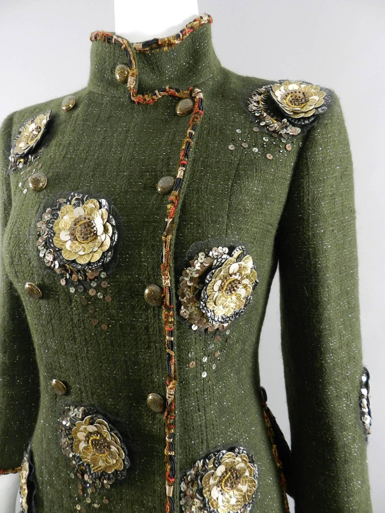 Black Chanel Pre-Fall 2010 Shanghai Runway Green skirt Suit with Gold Lesage Camelias For Sale