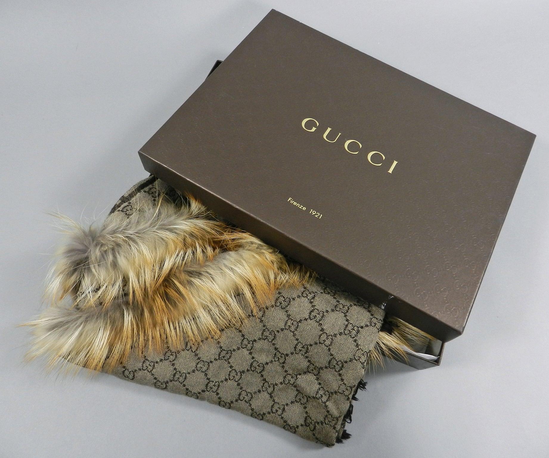 def8db1dc981 Gucci Brown GG Logo Large Shawl Wrap with Fox Fur Trim at 1stdibs