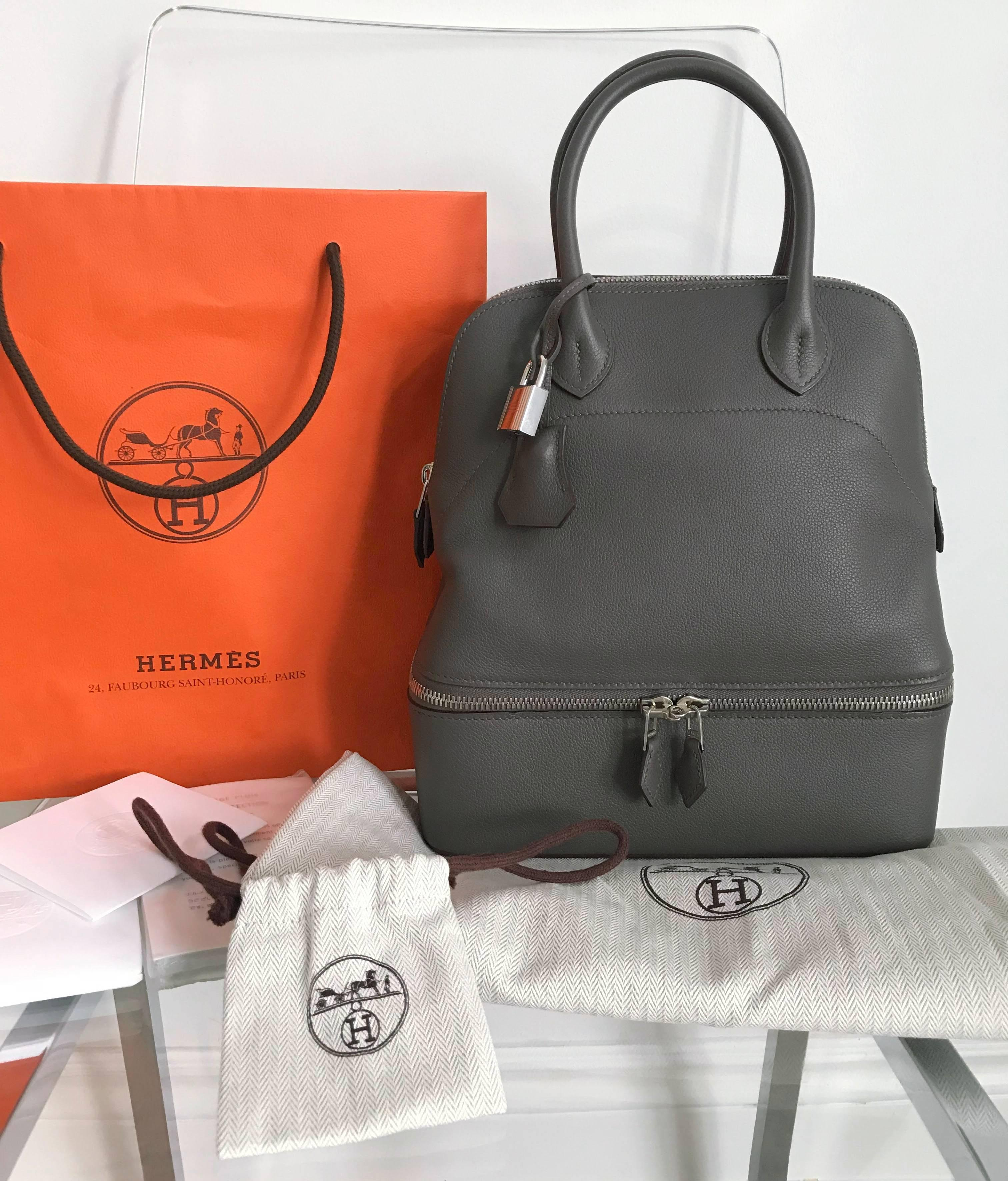 dc8d2fecc13f ... czech hermes bolide secret bag with double zippered bottom compartment.  pm small size measuring 24