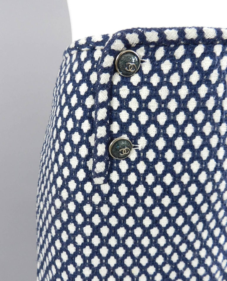 Black Chanel 08P Navy and White Pattern Mini Pencil Skirt For Sale
