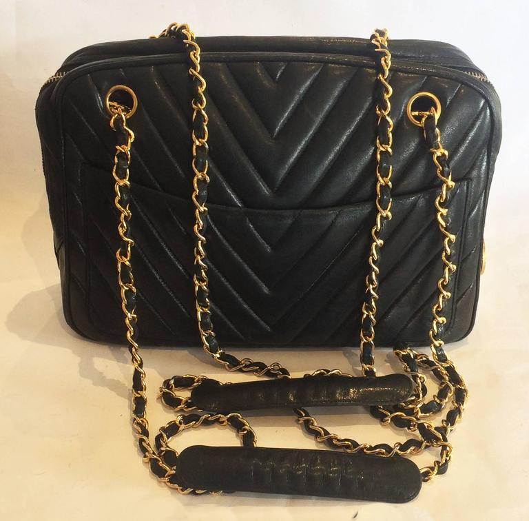 Authentic Chanel Black V Stitch Handbag Bag For Sale 3
