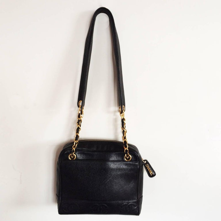 Black Chanel black caviar leather crossbody bag handbag For Sale