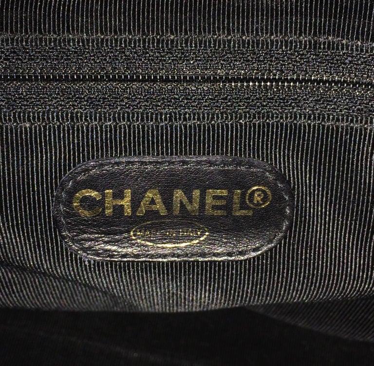 Chanel black caviar leather crossbody bag handbag For Sale 3