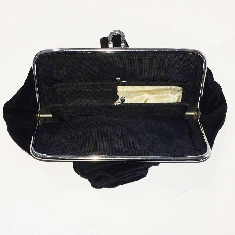 Art Deco Black Velvet Evening purse minaudiere In Excellent Condition For Sale In Daylesford, Victoria