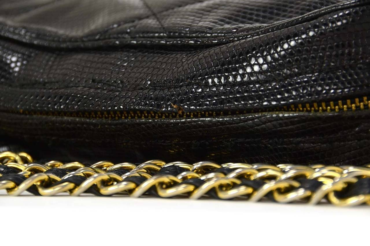 3caa99e5cc7a CHANEL '80s Vintage Black Lizard Quilted Camera Bag w/ Tassel GHW For Sale 2
