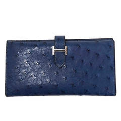HERMES '02 Dark Blue Ostrich Bearn H Wallet PHW