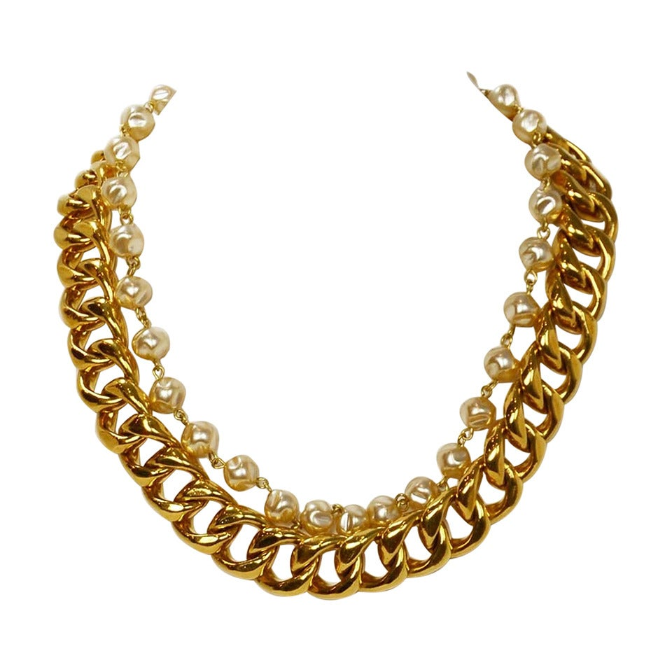 Chanel Vintage Goldtone Chain Link & Small Pearl Choker Necklace 1