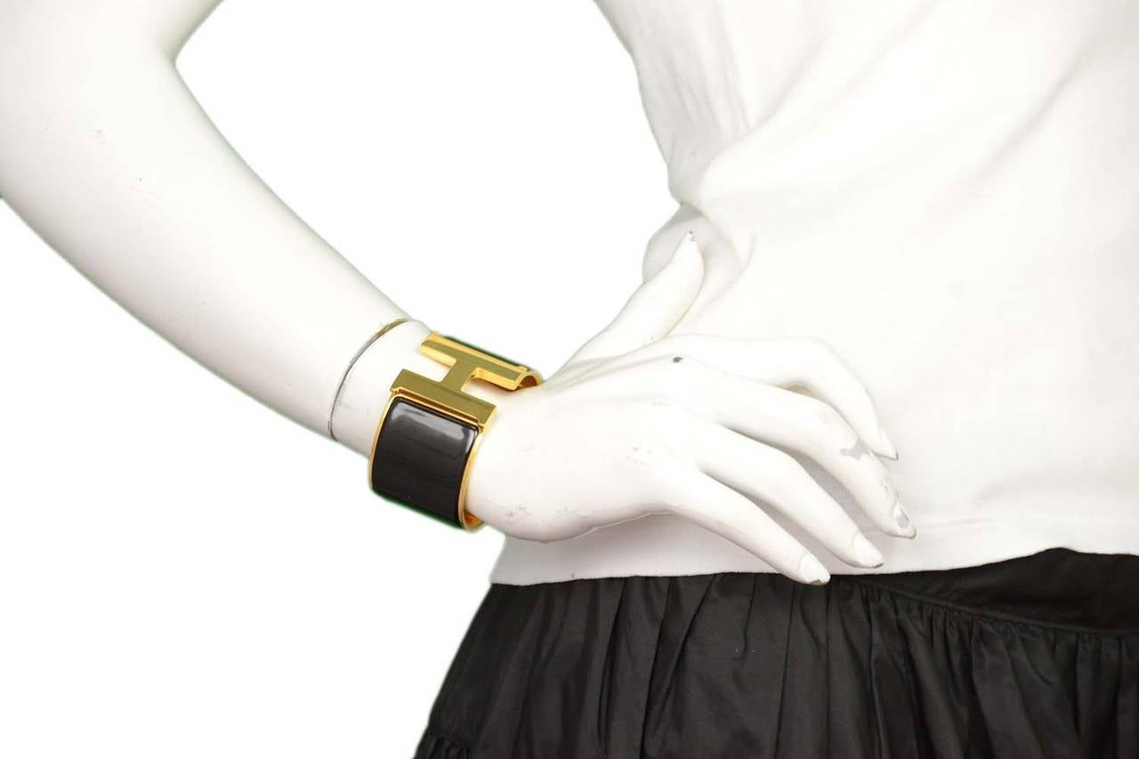 hermes black and gold extra wide clic clac h bracelet at. Black Bedroom Furniture Sets. Home Design Ideas