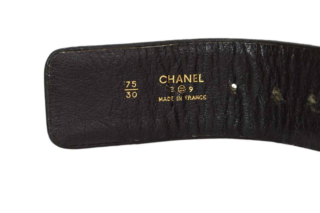 Women's CHANEL Vintage 1989 Black/Gold Leather Woven Chain Link Belt sz 75 For Sale