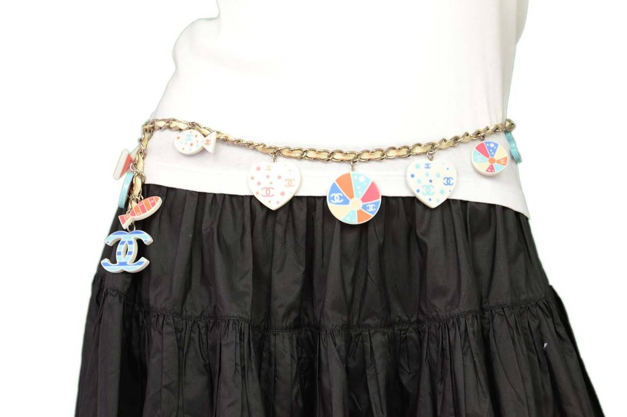 CHANEL 2005 White/Orange/Red/Blue Beach Theme Chain Link Belt For Sale 2