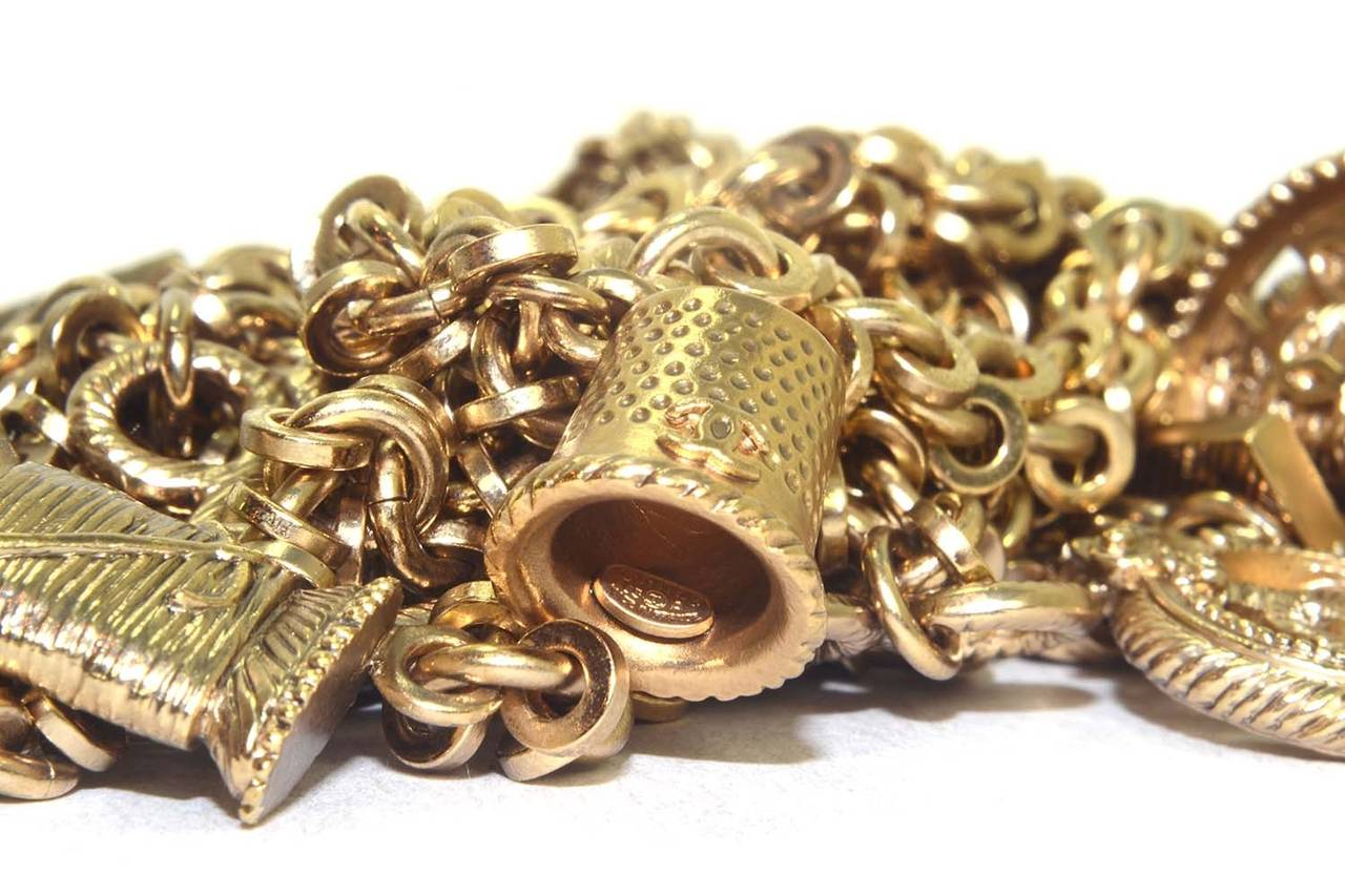 Chanel 2003 Goldtone Chain Belt/Necklace w/ Seamstress Charms In Excellent Condition For Sale In New York, NY