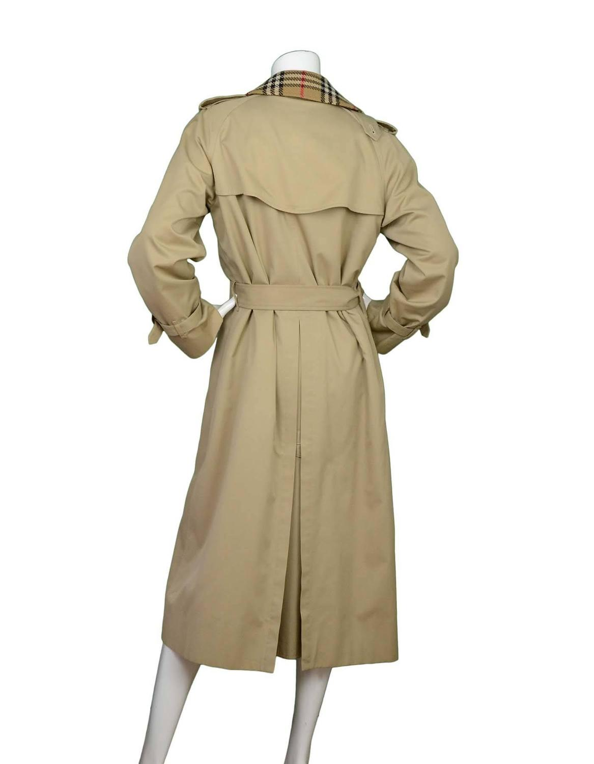 burberry tan long trench coat sz m for sale at 1stdibs. Black Bedroom Furniture Sets. Home Design Ideas