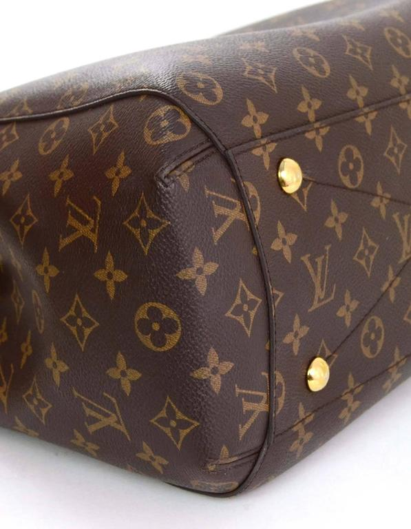 Louis Vuitton Monogram Montaigne GM Bag w/ Shoulder Strap rt. $2,570 In Excellent Condition For Sale In New York, NY