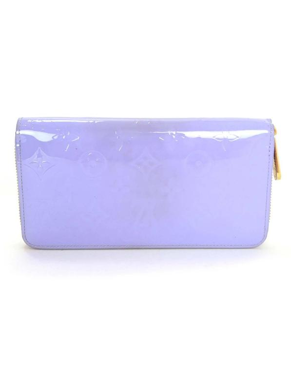 Purple Louis Vuitton Lilac Vernis Monogram Zippy Wallet rt. $970 For Sale
