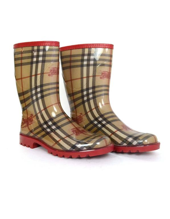 Burberry Tan And Red Nova Plaid Rain Boots Sz 40 For Sale