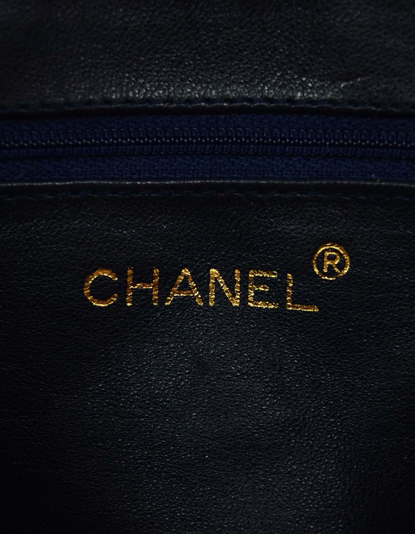 19bd4cc38ebc Chanel Vintage Navy Lizard Skin CC Camera Crossbody Bag GHW For Sale at  1stdibs