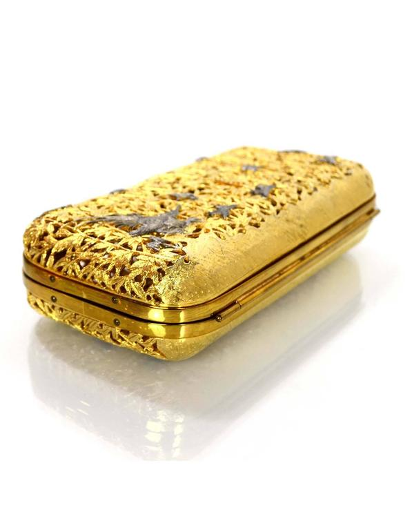 Judith Leiber Vintage Gold Metal Hard Case Minaudiere w/ Strap In Excellent Condition For Sale In New York, NY