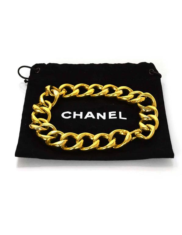 Women's Chanel Vintage Gold-tone Chain-Link Necklace For Sale