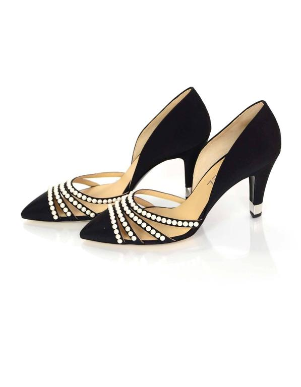Chanel 2016 NIB Black Grosgrain and Faux Pearl D'Orsay Pumps Sz 39.5 RT. $1,100 2