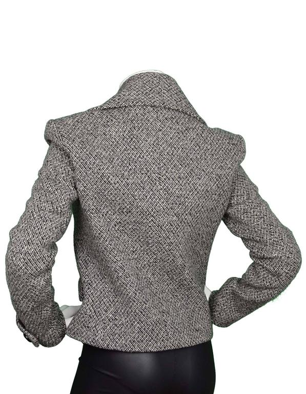 Balenciaga Black and White Tweed Jacket Sz 40 In Excellent Condition For Sale In New York, NY