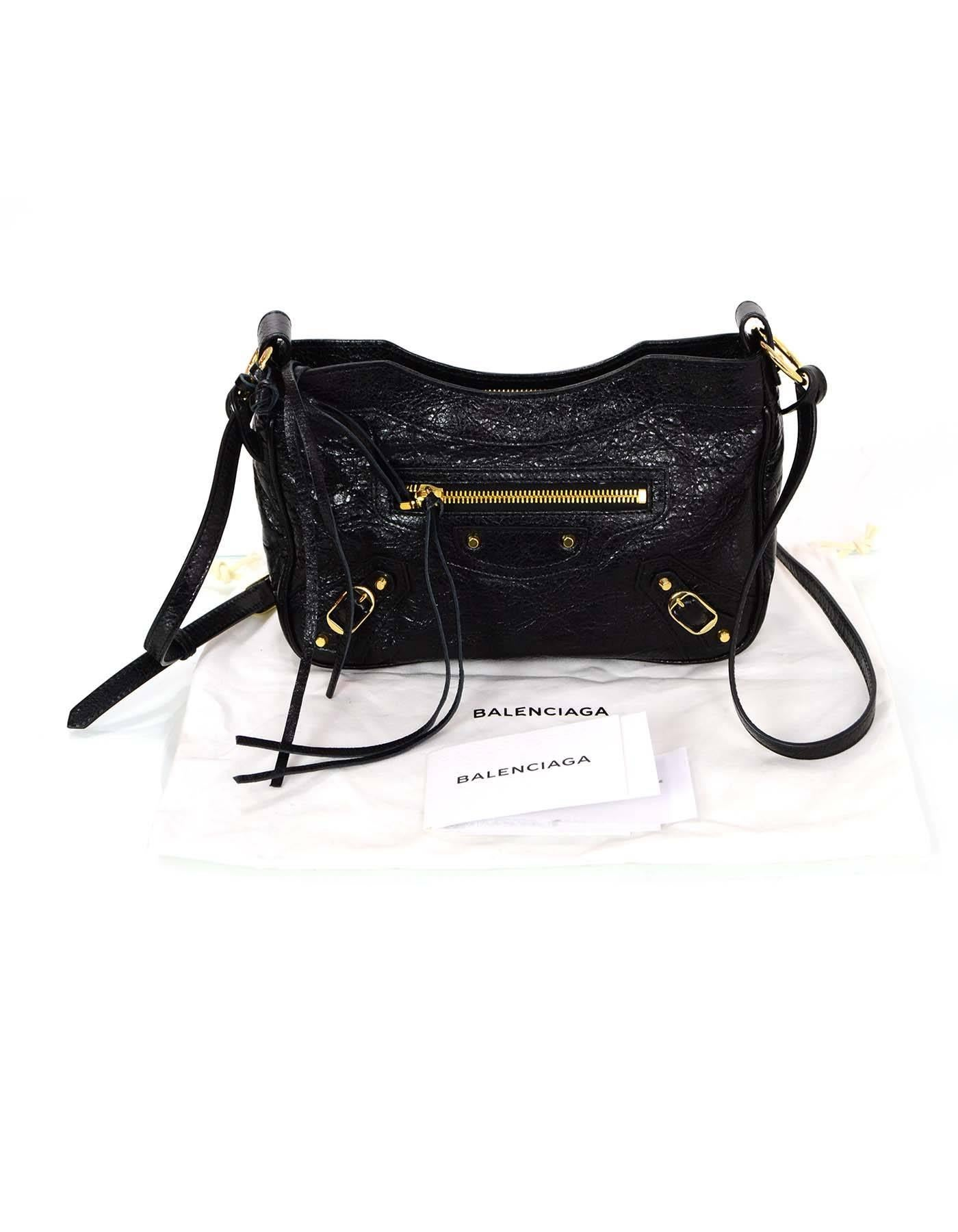 82fb0606ee8 Balenciaga Black Leather Classic Hip Crossbody Bag For Sale at 1stdibs
