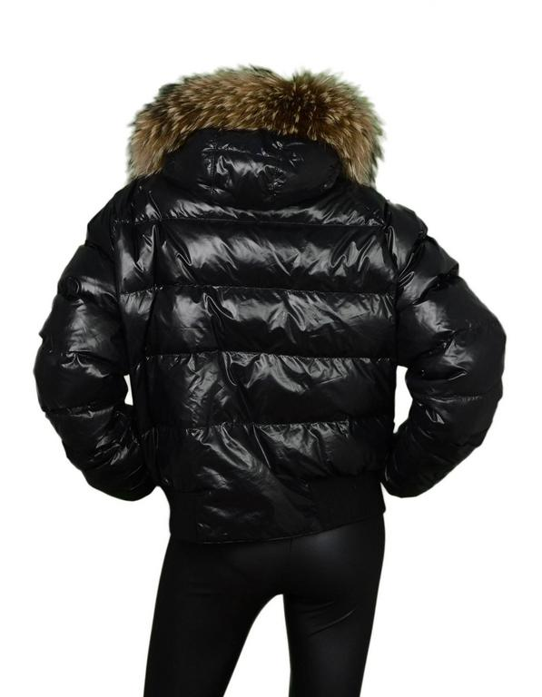 Moncler Black Down Puffer Jacket w/ Raccoon Fur Hood Sz 5 In Good Condition For