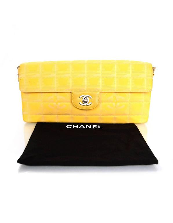 Chanel Yellow Canvas Chocolate Bar Quiltes East West Shoulder Bag For Sale 6