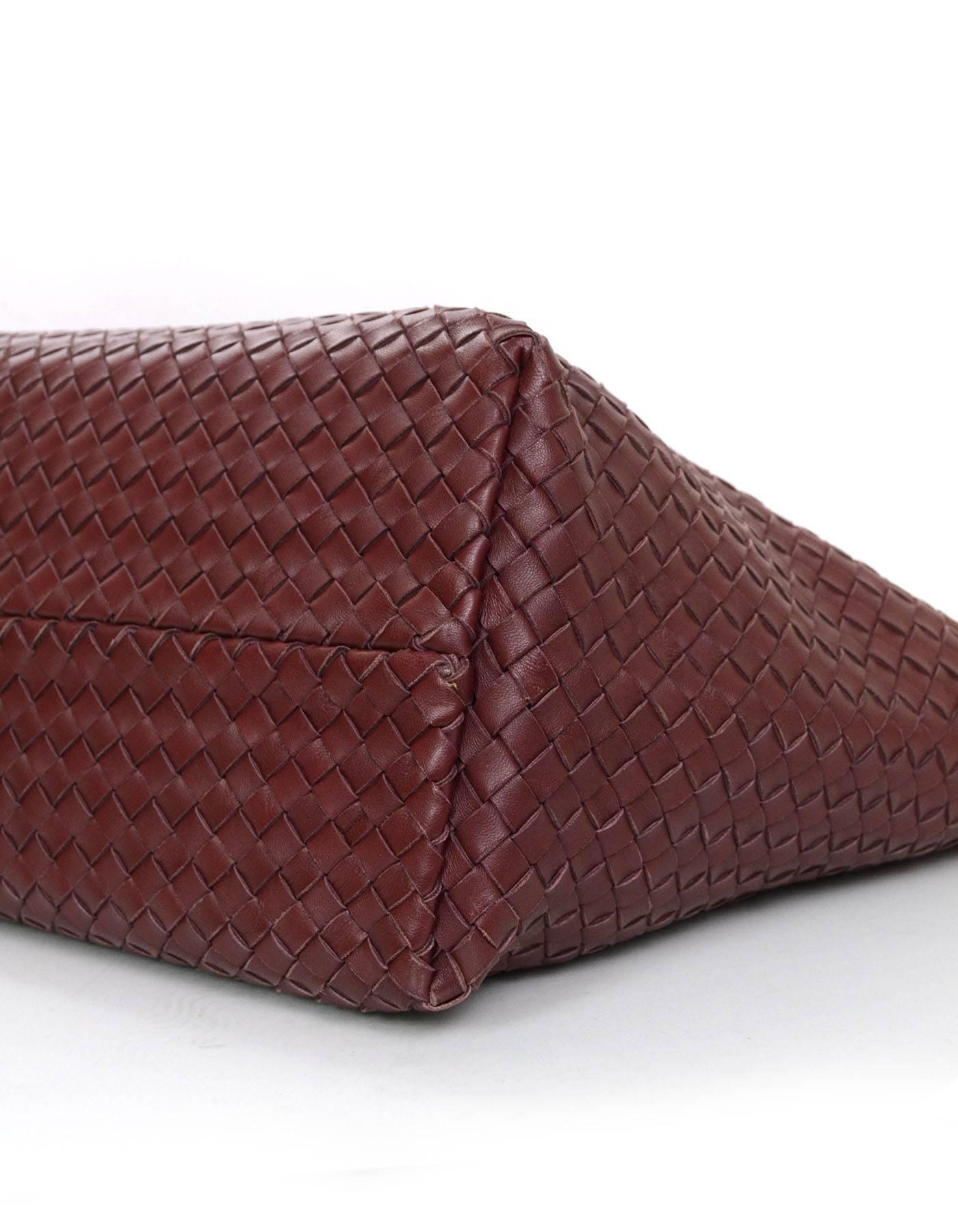 Well-liked Bottega Veneta Barolo Burgundy Hand Woven Leather Medium Cabat  VI67