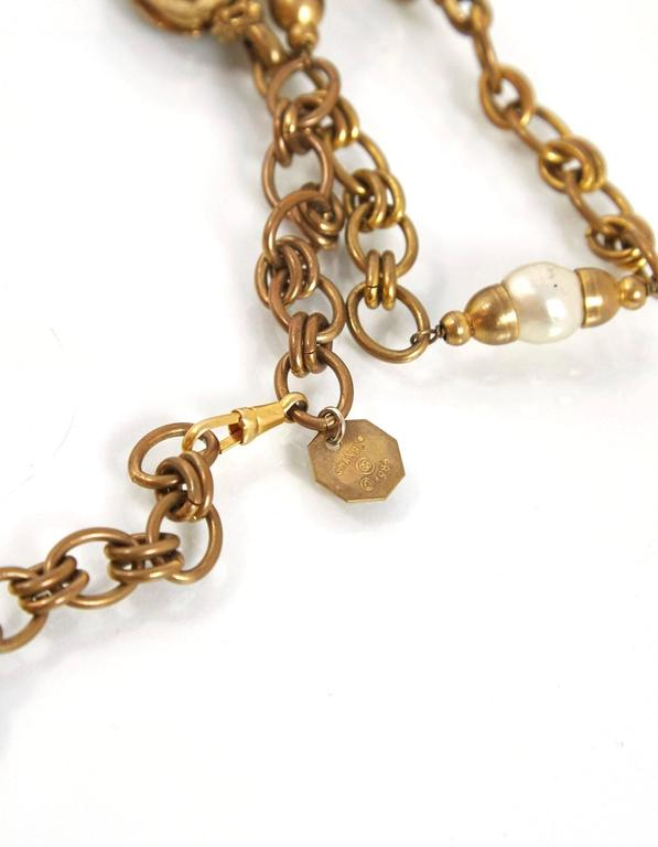 Chanel 1984 Vintage Chain Link & Gripoix Long Necklace In Excellent Condition For Sale In New York, NY