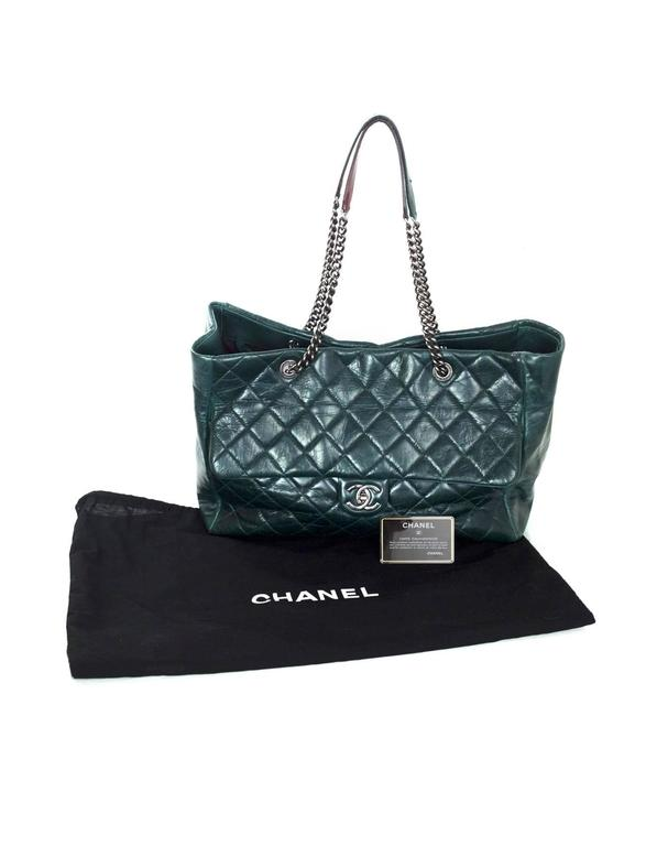 Chanel Green Distressed Leather Quilted CC Tote Bag For Sale 5