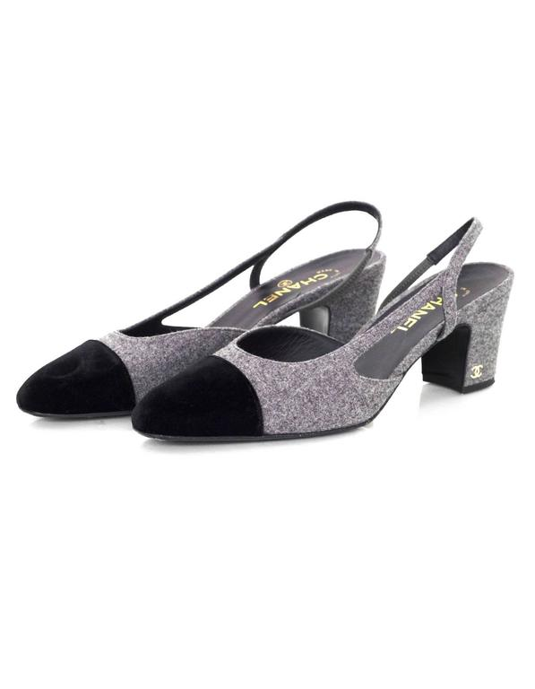5/9 Chanel Black and Grey Slingback Pumps Sz 41 In Excellent Condition For Sale In New York, NY