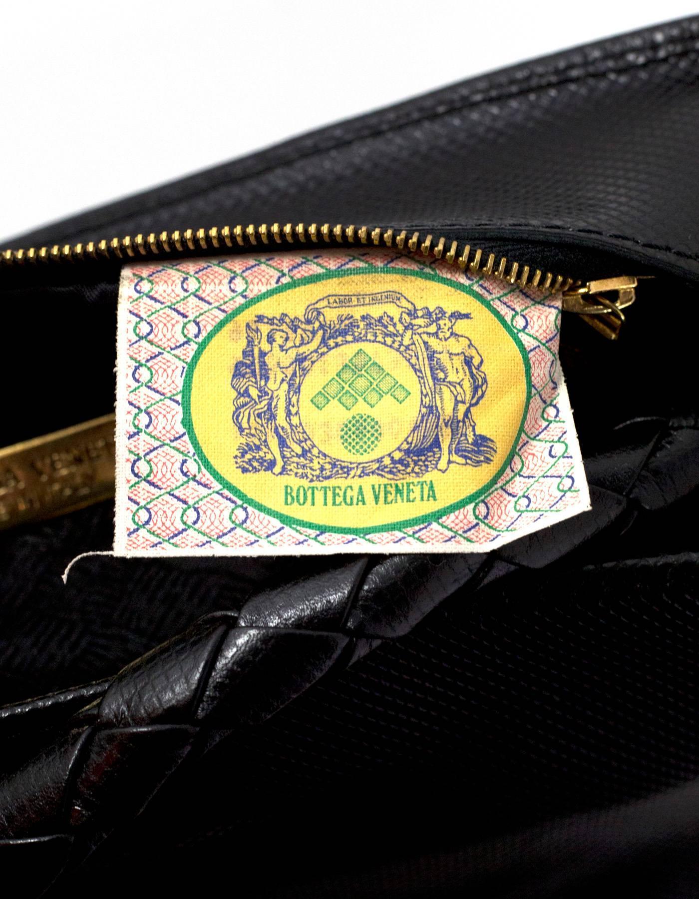 66c0f2c1e9 Bottega Veneta Vintage Black Textured Leather Bucket Bag For Sale at 1stdibs