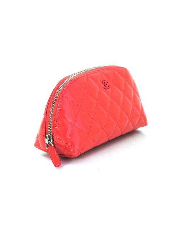 a79783bcfba Chanel Coral Pink Patent Leather Quilted Cosmetic Case/Makeup Bag In  Excellent Condition For Sale