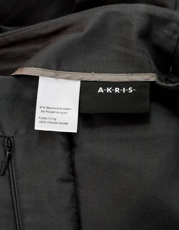 Akris Grey Cropped Pants Sz 8 5