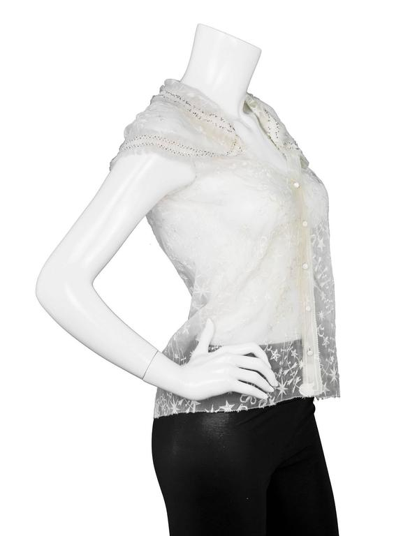 Nina Ricci White Embroidered Silk Cap Sleeve Top sz US4 In Excellent Condition For Sale In New York, NY