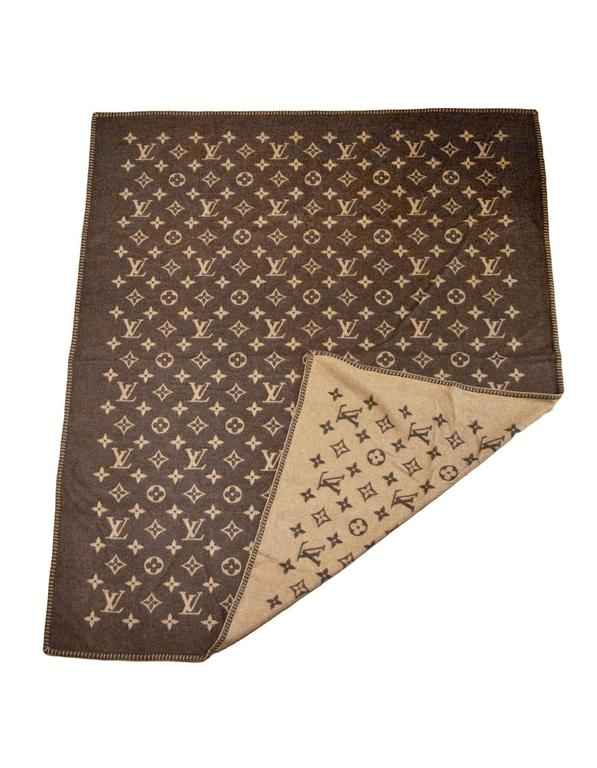 Louis Vuitton Monogram Wool Blanket With Box For Sale At