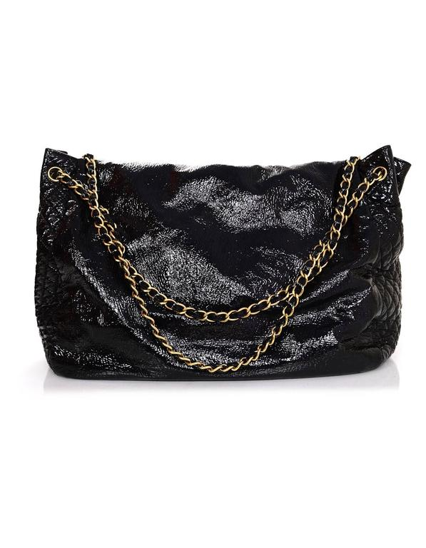 efed8c78edcf ... Excellent Condition For Sale In New. Women s Chanel Black Vinyl XL Rock    Chain Accordion Bag For Sale