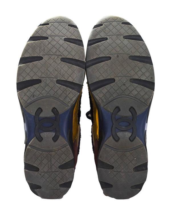 Chanel Fall '14 Runway Black Tweed, Brown Suede & Gold Trainer Sneakers Sz 40 For Sale 2