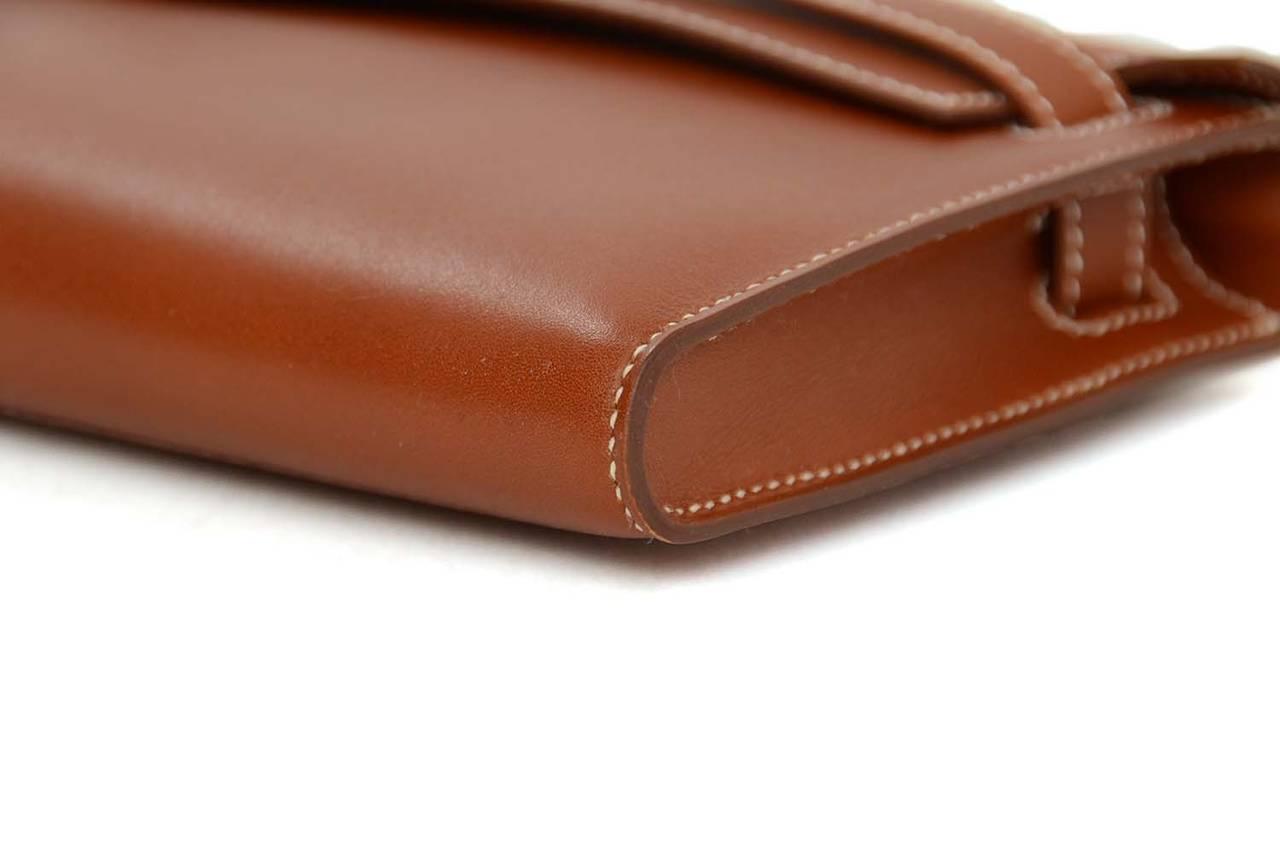 HERMES 2010 Tan Swift Leather Kelly Cut Clutch Bag w/ White ...
